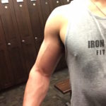 How to Build Bigger Arms in 4 Weeks or Less: Gain Muscle Size, Strength and Definition Fast